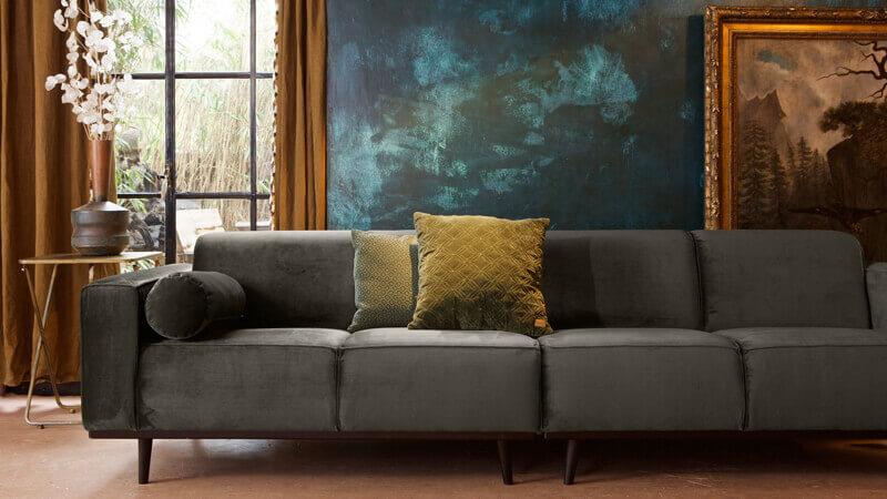 Canapea cu 4 locuri
